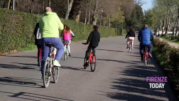 Coronavirus, Cascine: tante persone a fare attività fisica / VIDEO