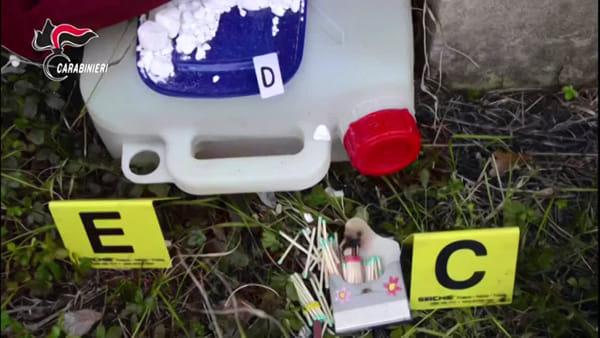 """""""Terrorismo e attentato incendiario"""" a Bologna: arrestati anarchici"""