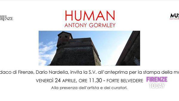 Human di Antony Gormley al Forte Belvedere