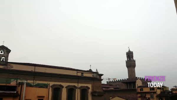 Incidente: Palazzo Vecchio centrato da un fulmine / VIDEO