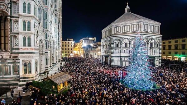 Accensione dell'Albero di Natale in piazza del Duomo
