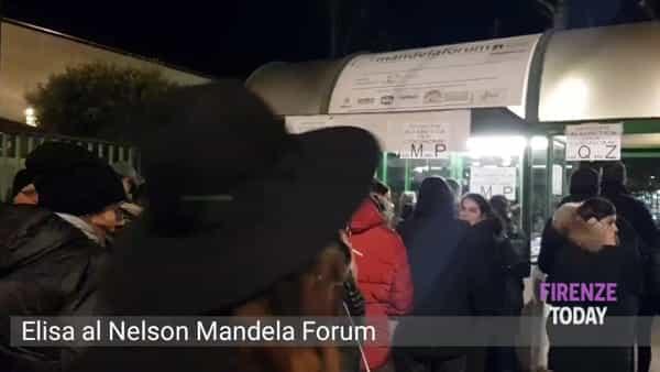Elisa in concerto: pienone al Nelson Mandela Forum/ VIDEO