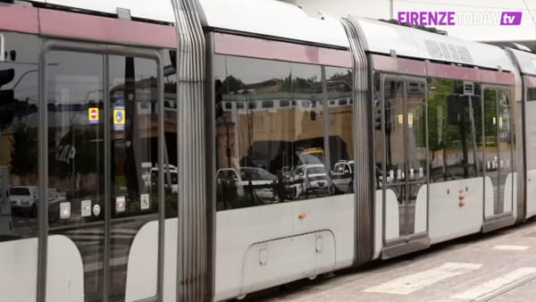 Riapertura: si torna in tram dopo la fine del lockdown / VIDEO