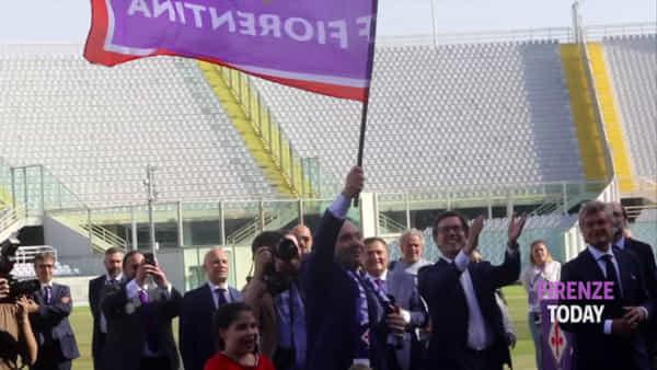 """Fiorentina, Rocco Commisso si dichiara a 5mila tifosi: """"I love you"""" / VIDEO"""