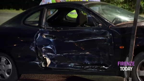Tremendo incidente in Via Baccio da Montelupo: gravi due giovanissimi / VIDEO - FOTO