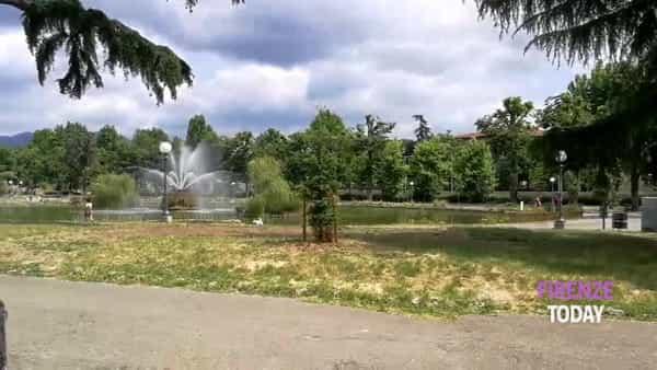 Siringhe, escrementi e sporcizia ai giardini della Fortezza da Basso / VIDEO - FOTO