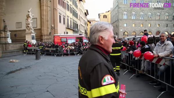Befana 2020: in migliaia in Piazza della Signoria / VIDEO