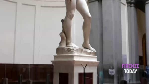 Riapre la Galleria dell'Accademia: il David come simbolo di rinascita / VIDEO