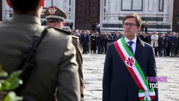 Festa dell'Unità Nazionale e delle Forze Armate in Piazza Santa Croce / VIDEO