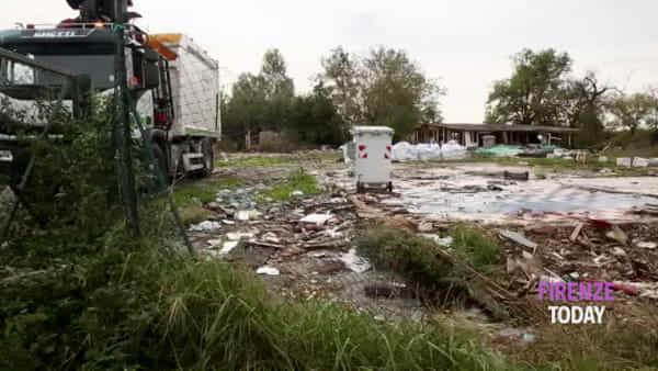 Sesto Fiorentino: chiuso il campo rom di via Madonna del Piano / VIDEO