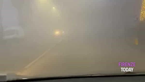 La nebbia avvolge Firenze