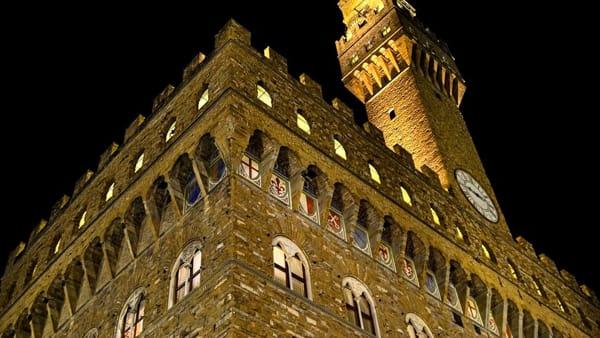 Cena speciale in piazza della Signoria offerta da un ristorante tre stelle Michelin
