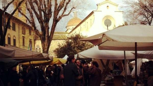 Fierucolina d'inverno in piazza Santo Spirito