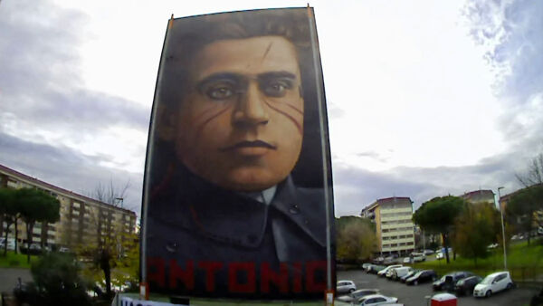 Firenze ricorda Gramsci, il video in timelapse dell'opera / VIDEO