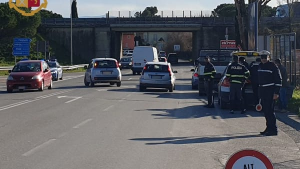 Superstrada FiPiLi: controlli e multe all'ingresso di Lastra a Signa