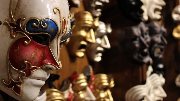 Il gran ballo e la parata di Carnevale a Firenze