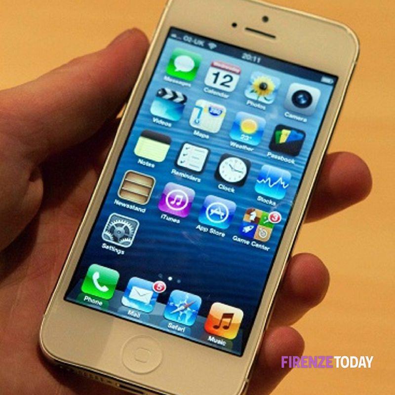 Uscita Firenze iPhone 5 28 settembre 2012