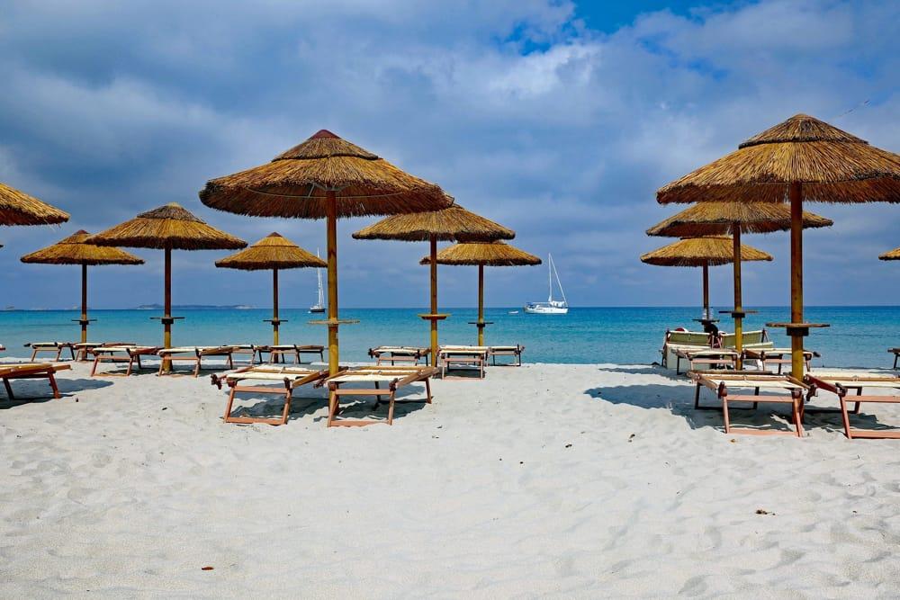 Dai campeggi alle spiagge e agli estetisti: nuova ordinanza con le linee guida anti-Covid